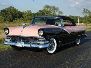 1956 Ford Sunliner 2