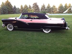 1956 Ford Sunliner 3